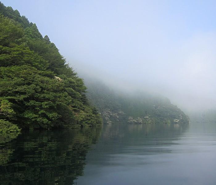 芦ノ湖 Ashino-ko