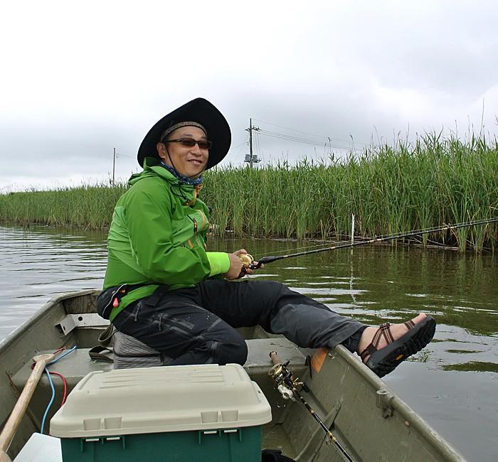 Muneaki Hayashi at lake Inba